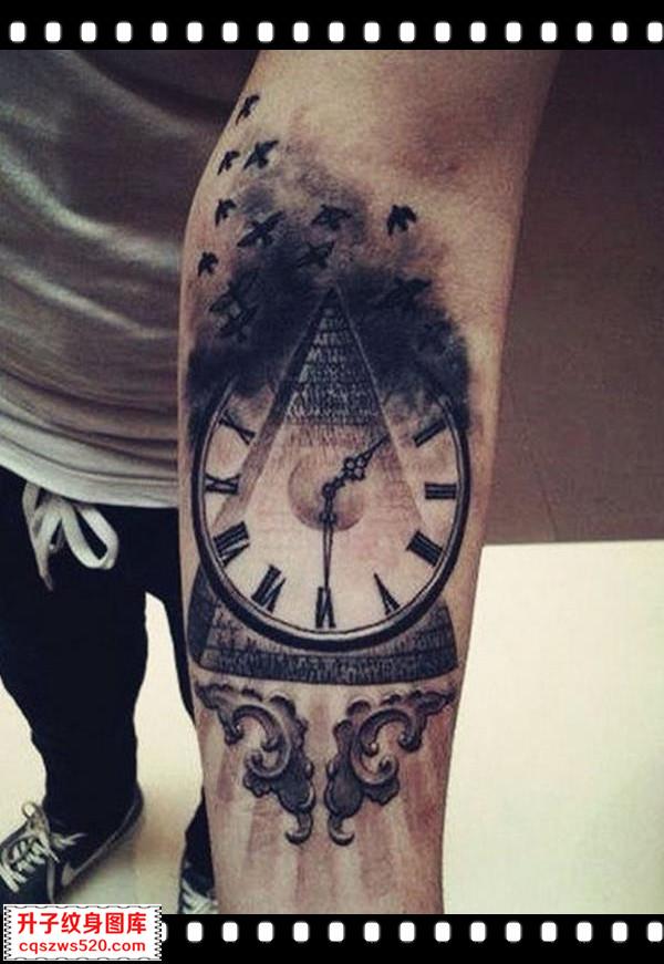 手臂纹身 钟表三角海鸥纹身图案 纹身图片大全