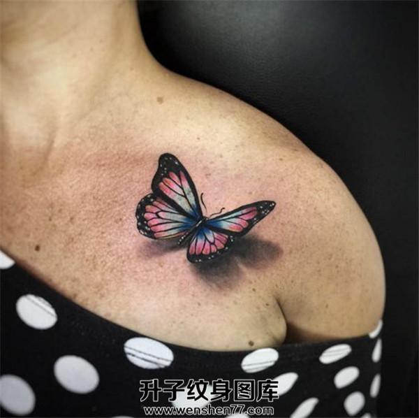重庆纹身 重庆蝴蝶纹身哪里好 锁骨3d蝴蝶纹身图片