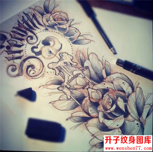 英文字母玫瑰花纹身手稿图案 纹身图片
