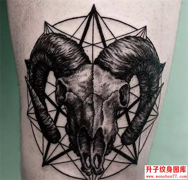 大腿纹身_大腿羊头纹身图案大全_欧美纹身图片