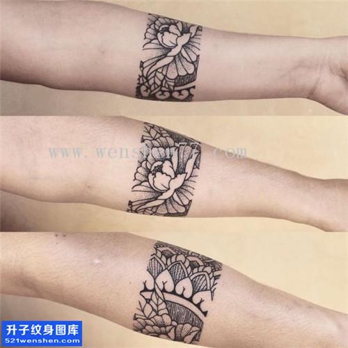 手臂臂环梵花纹身图案大全 五里店纹身