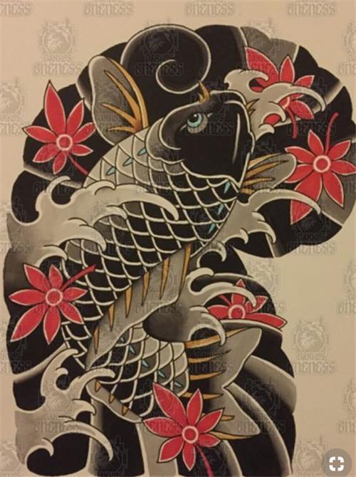 老传统半甲鲤鱼纹身图案_重庆本期特价纹身